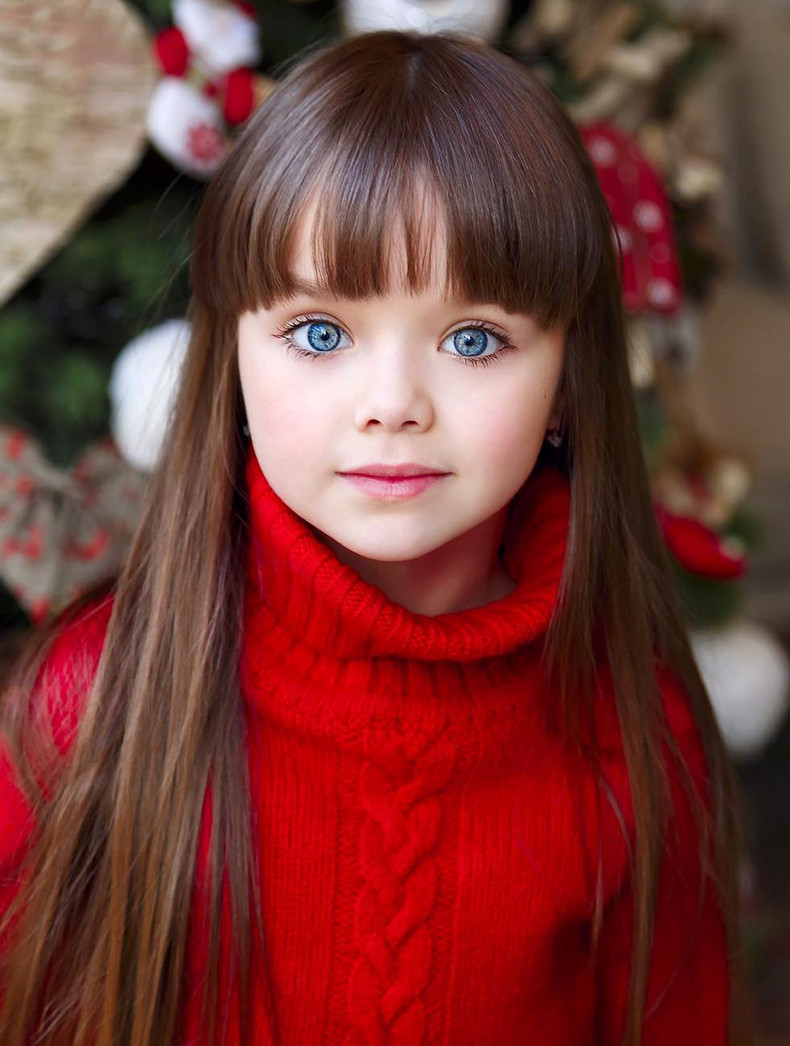 Little Girl haircuts with Bangs (02)