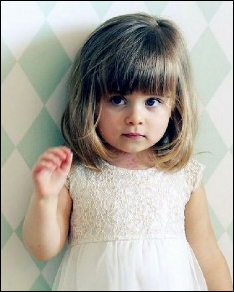 Little Girl haircuts with Bangs (23)
